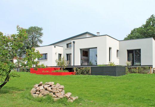 Construction de maison écologiques : les normes environnementales pour les nuls