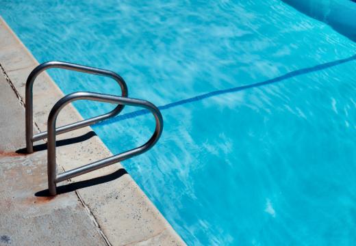 Comment rénover écologiquement la piscine ?